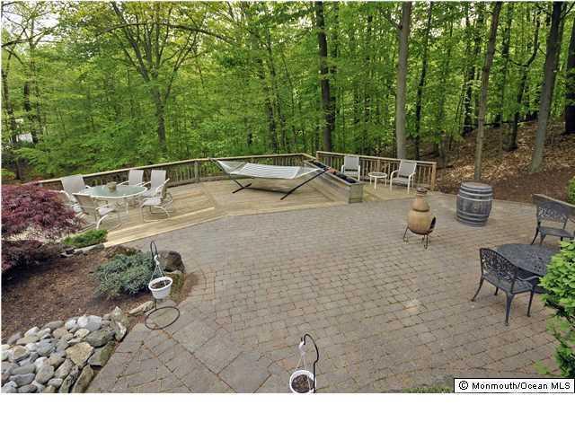 11 Marseille Terrace, Morganville, NJ 07751 (MLS #21708095) :: The Dekanski Home Selling Team