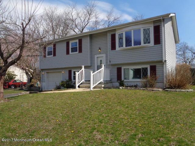 6 Tulip Court, Jackson, NJ 08527 (MLS #21712599) :: The Dekanski Home Selling Team
