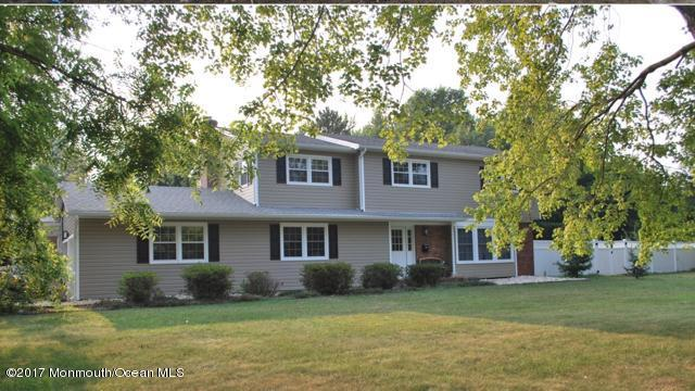 1 Virginiana Terrace, Freehold, NJ 07728 (MLS #21717556) :: The Dekanski Home Selling Team
