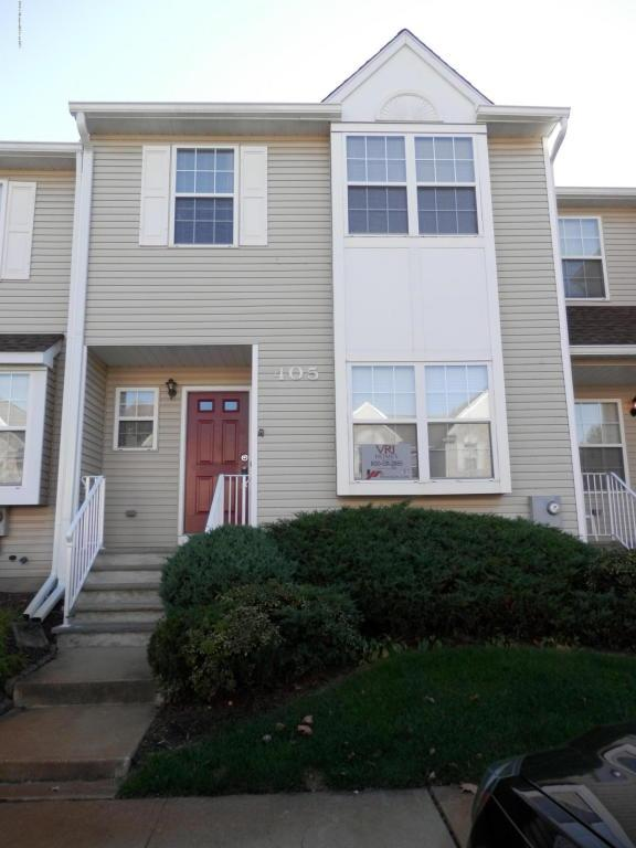 405 Gaitway Court, Freehold, NJ 07728 (MLS #21719626) :: The Dekanski Home Selling Team
