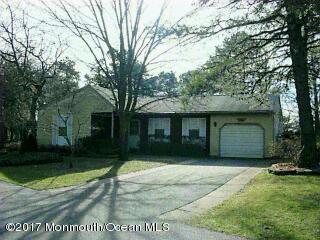 23 Auburn Street, Whiting, NJ 08759 (MLS #21723641) :: The Dekanski Home Selling Team