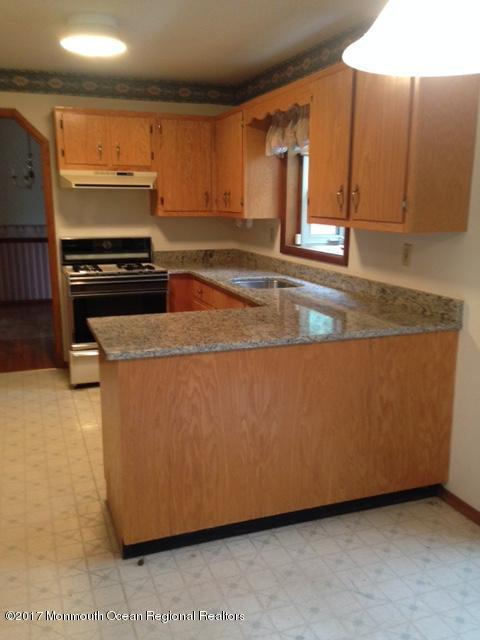 28 Laurel Avenue, Pine Beach, NJ 08741 (MLS #21727968) :: The Dekanski Home Selling Team