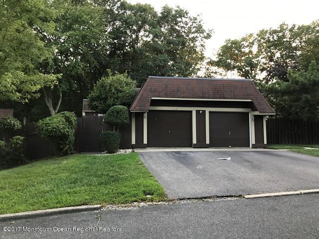 21 Oriole Lane, Howell, NJ 07731 (MLS #21733090) :: The Dekanski Home Selling Team