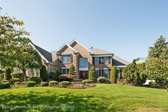 50 Country View Drive, Freehold, NJ 07728 (MLS #21735116) :: The Dekanski Home Selling Team