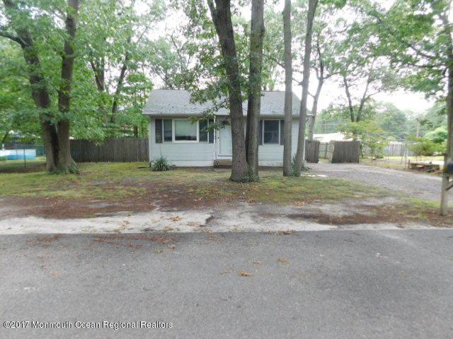 215 Laurel Drive, Bayville, NJ 08721 (MLS #21737551) :: The Dekanski Home Selling Team