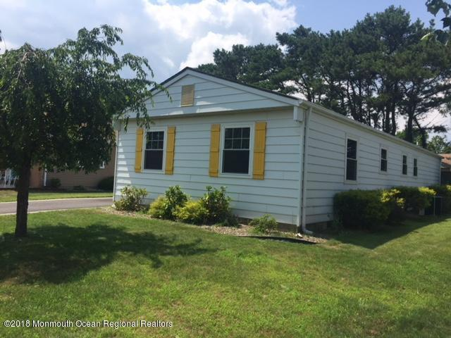 43 Buena Visa Drive, Toms River, NJ 08757 (MLS #21826813) :: RE/MAX Imperial