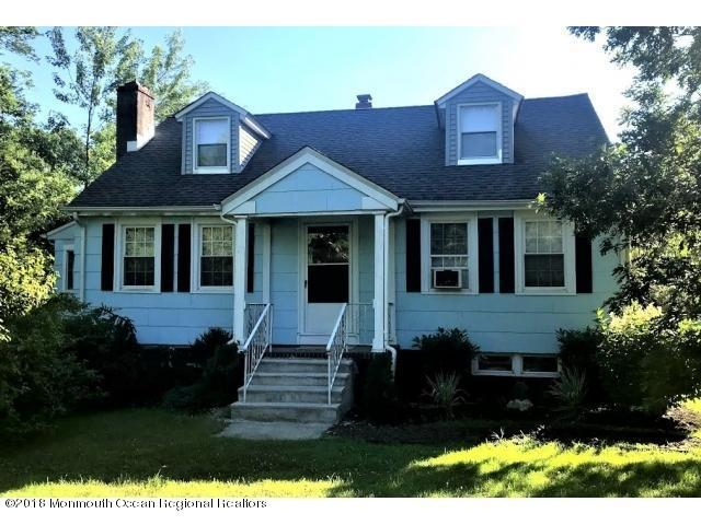 51 Smith Street, Howell, NJ 07731 (MLS #21846240) :: The MEEHAN Group of RE/MAX New Beginnings Realty