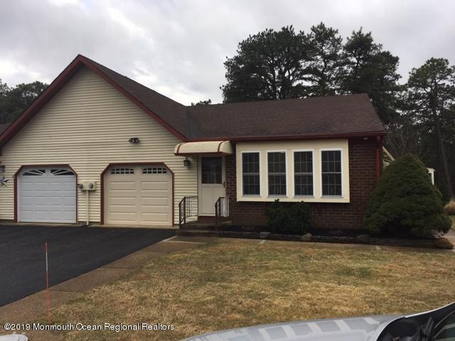 7 Penwood Drive B, Whiting, NJ 08759 (MLS #21901053) :: The MEEHAN Group of RE/MAX New Beginnings Realty