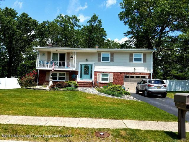 4 Burdge Drive, Howell, NJ 07731 (MLS #21910540) :: The Dekanski Home Selling Team