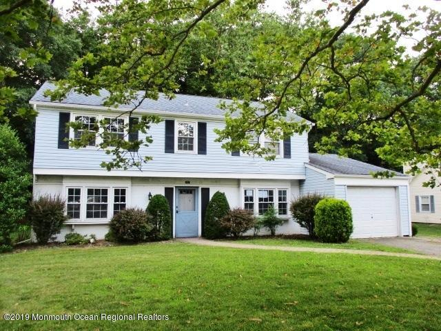 93 Deerfield Lane, Aberdeen, NJ 07747 (MLS #21930001) :: The MEEHAN Group of RE/MAX New Beginnings Realty