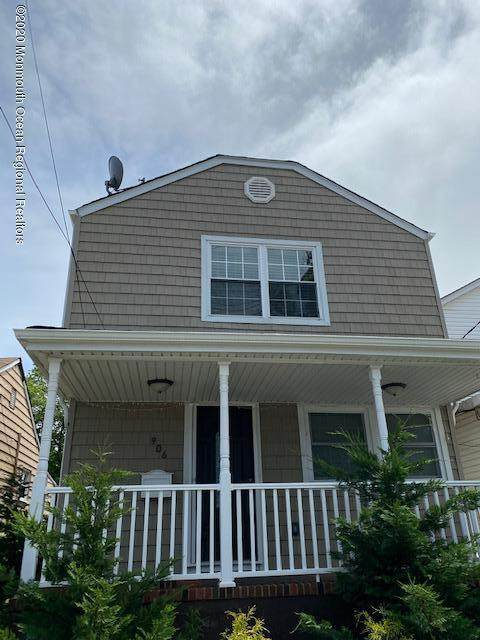 906 Florence Avenue, Union Beach, NJ 07735 (MLS #22018332) :: The MEEHAN Group of RE/MAX New Beginnings Realty