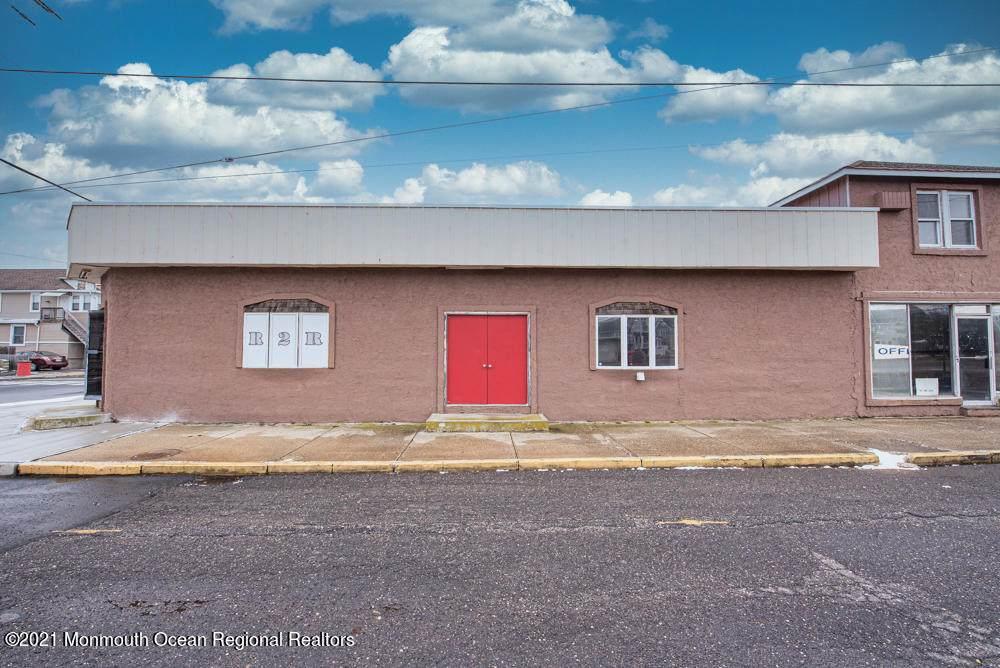 129-135 Hamilton Avenue - Photo 1