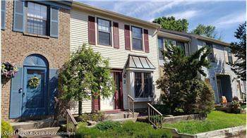 38 Worthington Court #2, Freehold, NJ 07728 (MLS #22106564) :: The Sikora Group