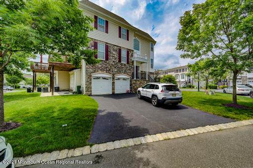 27 Daly Court #1464, Old Bridge, NJ 08857 (MLS #22119693) :: The DeMoro Realty Group   Keller Williams Realty West Monmouth