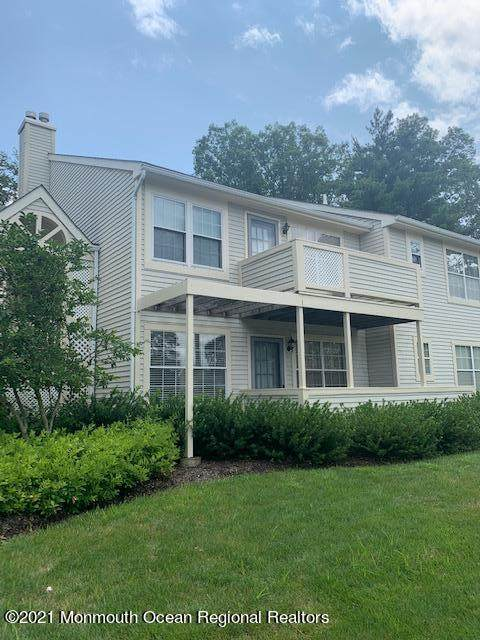 14 White Oak Court, Howell, NJ 07731 (MLS #22122849) :: The MEEHAN Group of RE/MAX New Beginnings Realty