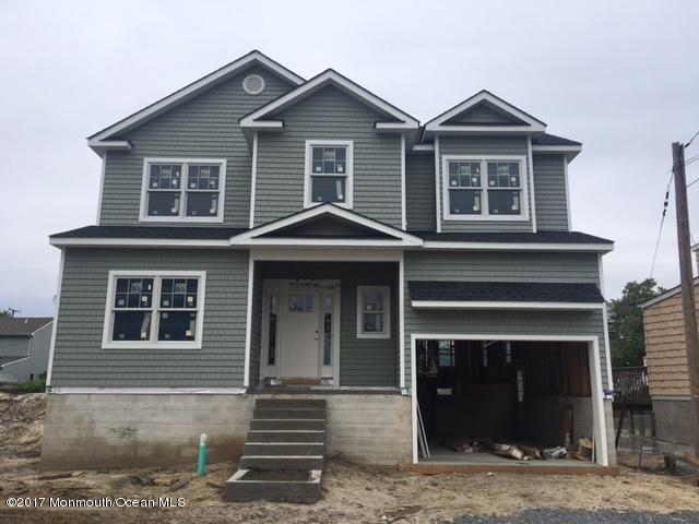 2205 Glenwood Drive, Point Pleasant, NJ 08742 (MLS #21714252) :: The Dekanski Home Selling Team