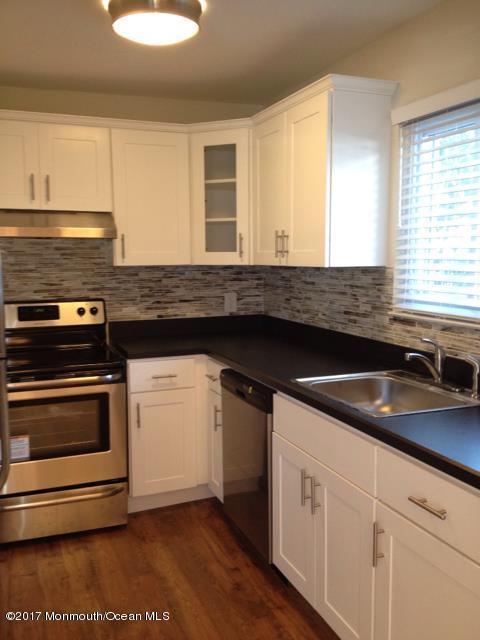 1 Osborne Place #41, Sea Bright, NJ 07760 (MLS #21718152) :: The Dekanski Home Selling Team
