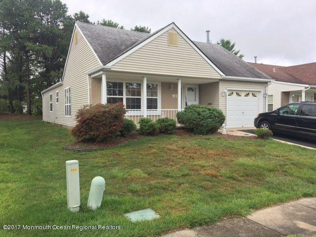130 Narberth Way, Toms River, NJ 08757 (MLS #21726109) :: The Dekanski Home Selling Team