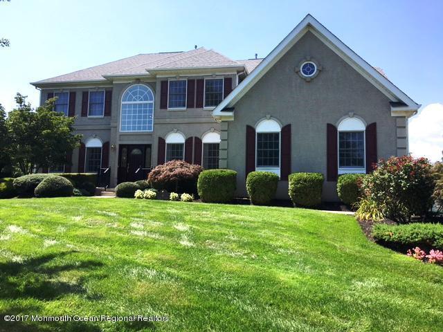6 Hialeah Court, Tinton Falls, NJ 07724 (MLS #21731461) :: The Dekanski Home Selling Team