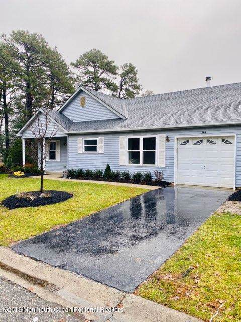 344 Gardenia Drive, Whiting, NJ 08759 (MLS #21948276) :: The MEEHAN Group of RE/MAX New Beginnings Realty