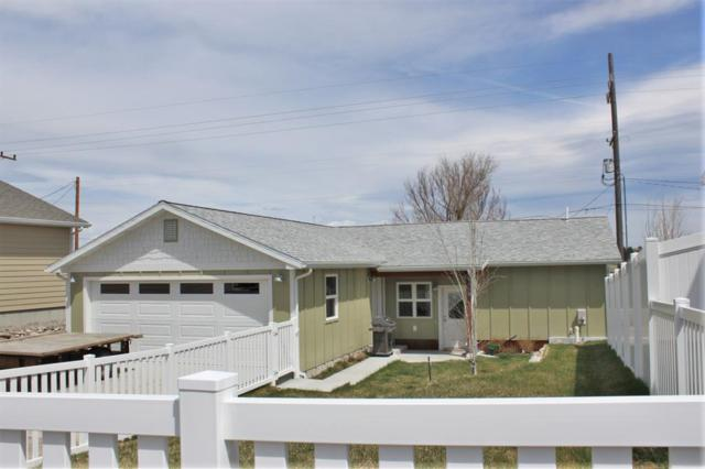 724 N 11th Street, Livingston, MT 59047 (MLS #319368) :: Black Diamond Montana | Berkshire Hathaway Home Services Montana Properties