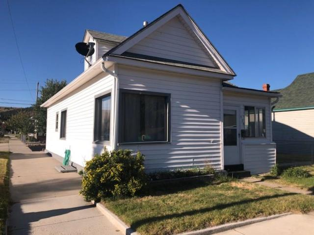 420 W 4th, Anaconda, MT 59711 (MLS #323948) :: Hart Real Estate Solutions