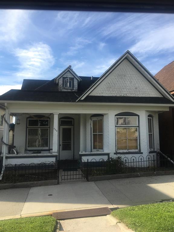 822 W Broadway, Butte, MT 59701 (MLS #327240) :: Black Diamond Montana