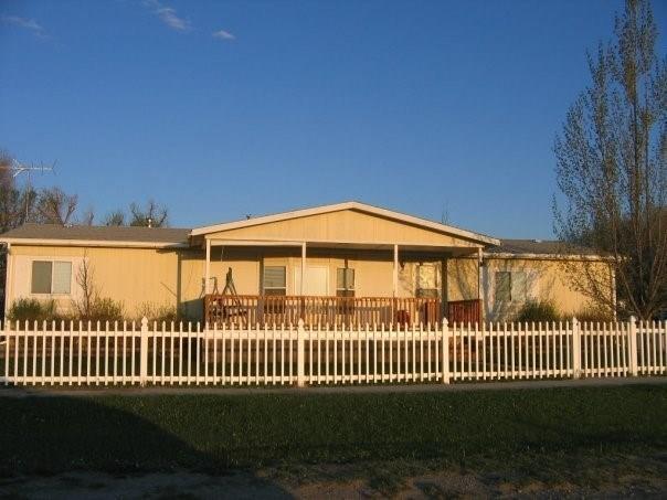 211 W Jefferson Street, Three Forks, MT 59752 (MLS #333655) :: Black Diamond Montana