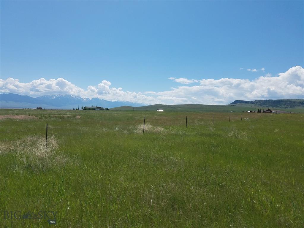 Lot 134 Shining Mountains II - Photo 1