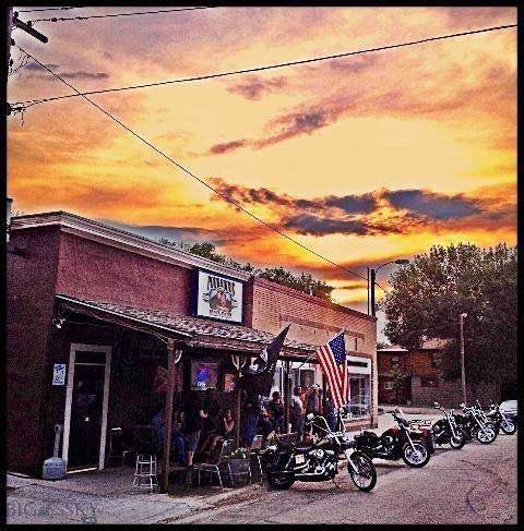 808 14th Street, Fort Benton, MT 59442 (MLS #341070) :: Black Diamond Montana