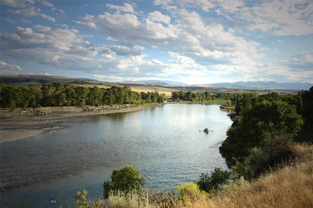 595 Yellowstone Trail - Photo 1