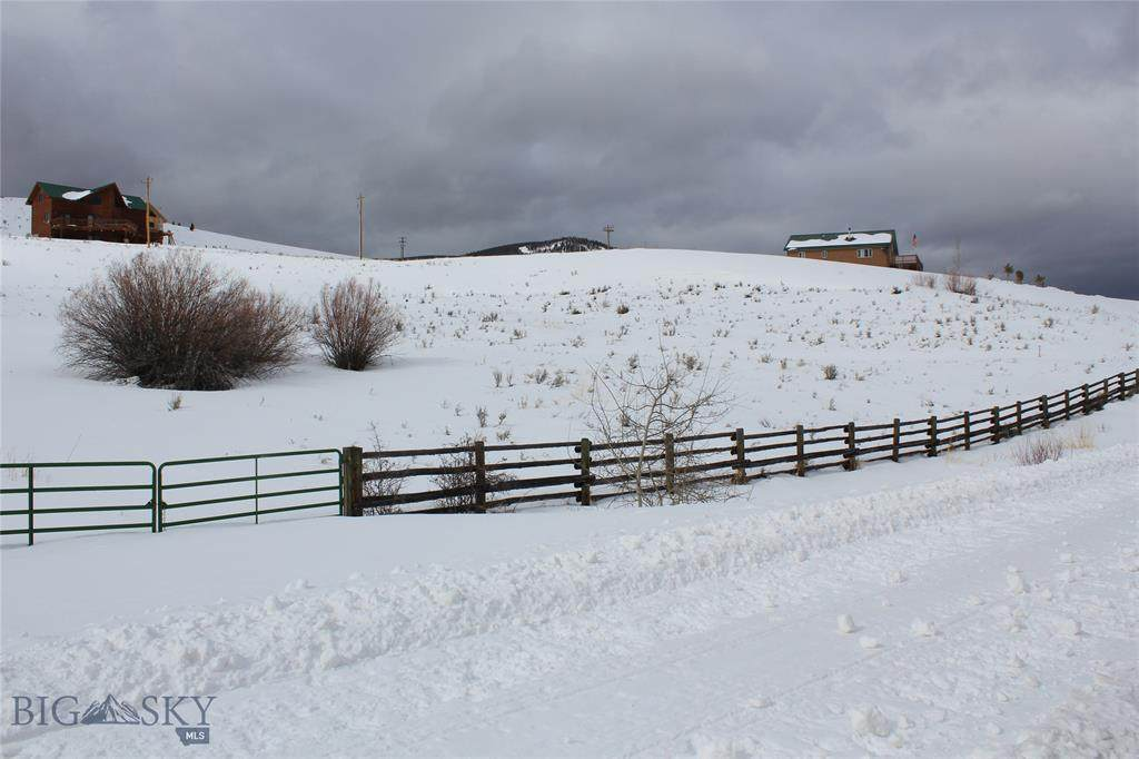 9363 Pioneer Mountain Scenic Byway - Photo 1