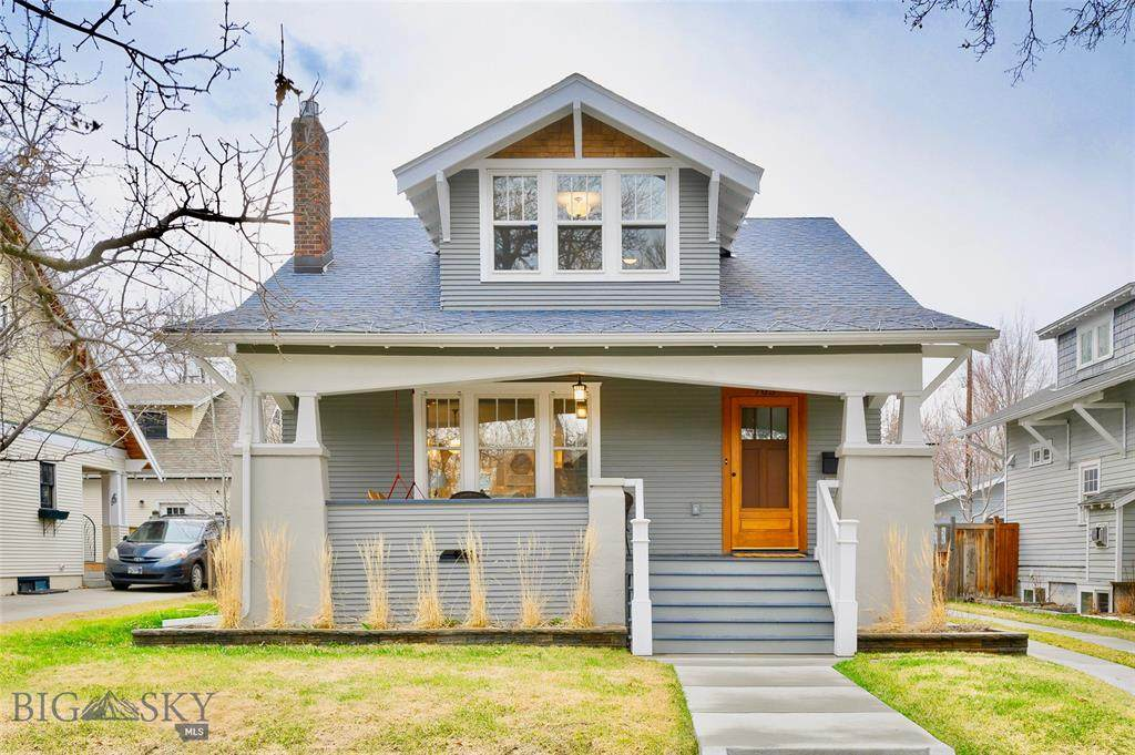 705 6th Ave - Photo 1