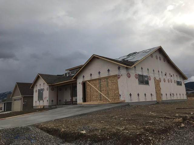 2607 Meriwether Drive N, Livingston, MT 59047 (MLS #352637) :: Hart Real Estate Solutions