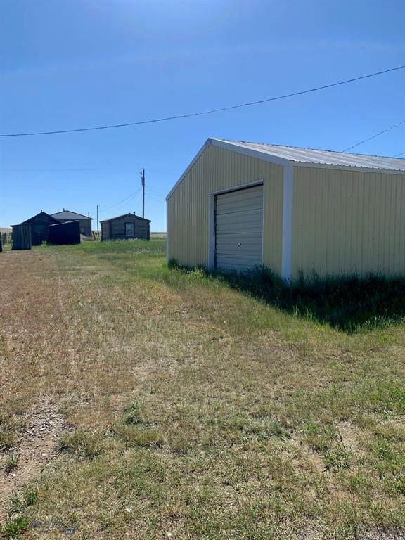 406 Grant Avenue, Martinsdale, MT 59053 (MLS #359854) :: Carr Montana Real Estate