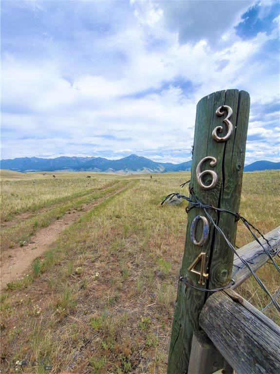 3604 Old Yellowstone Trail N, Livingston, MT 59047 (MLS #360122) :: Hart Real Estate Solutions