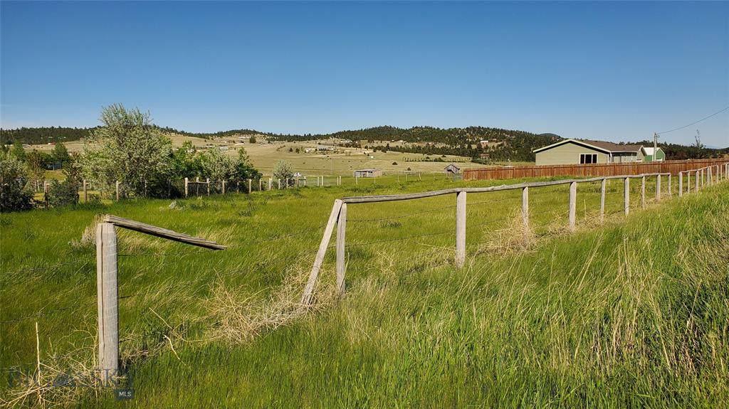 6090 Lone Pine Road - Photo 1