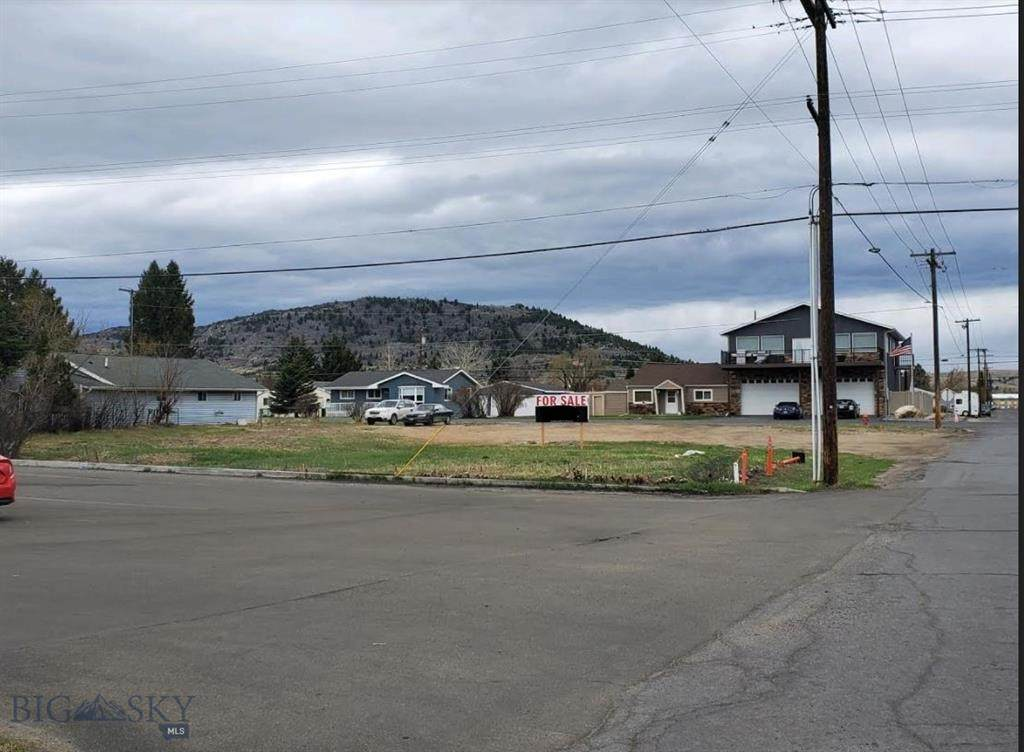 3302 Busch Street - Photo 1