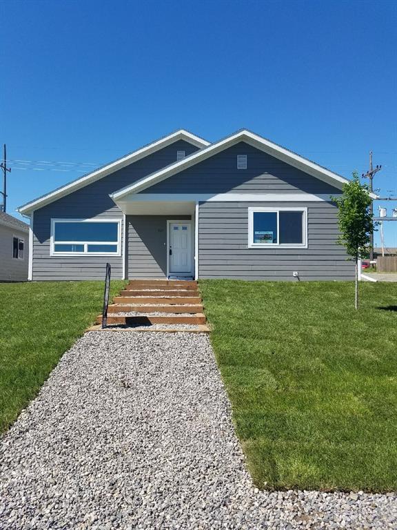 727 N 10Th, Livingston, MT 59047 (MLS #310841) :: Black Diamond Montana