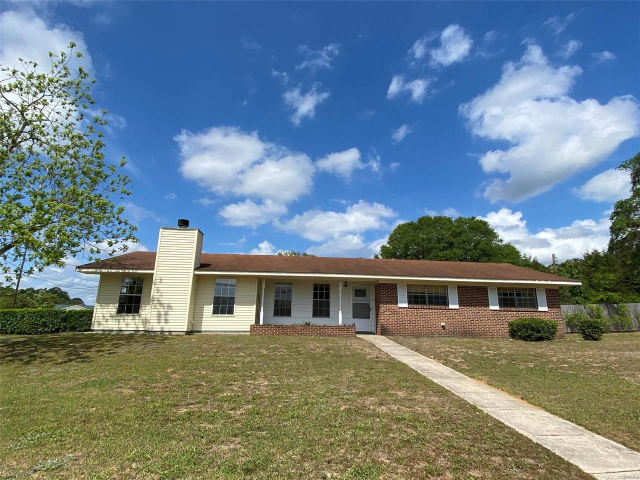 152 Forestview Drive - Photo 1