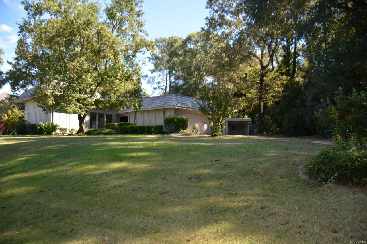 302 Lakewood Drive - Photo 1