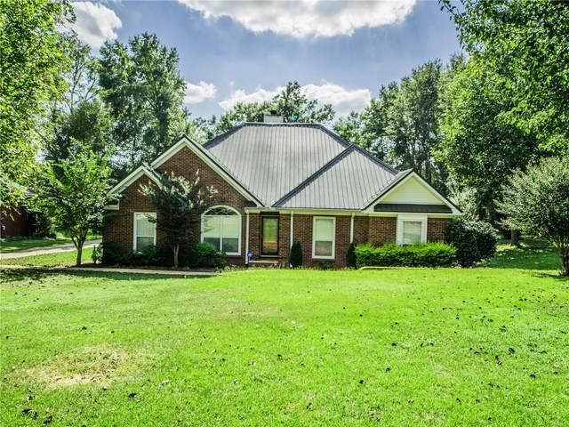 300 Stonegate Drive, Dothan, AL 36305 (MLS #479317) :: Team Linda Simmons Real Estate