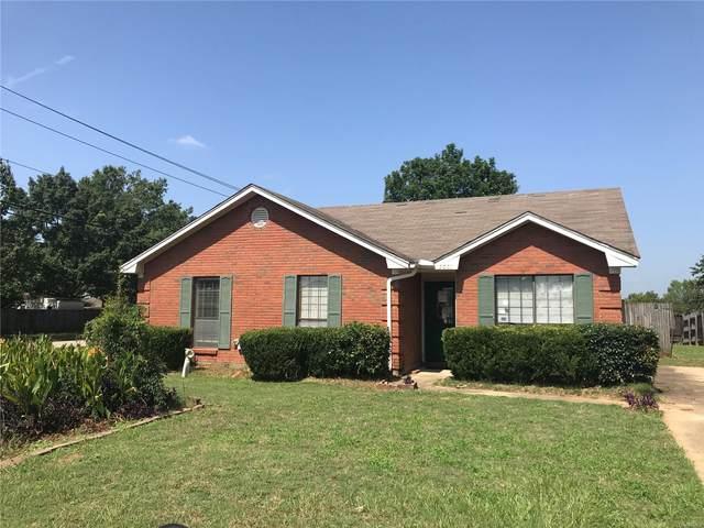 7001 Runnymede Drive, Montgomery, AL 36117 (MLS #479685) :: Buck Realty