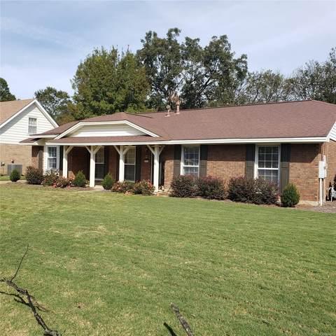 4275 Delmar Drive, Montgomery, AL 36109 (MLS #483681) :: LocAL Realty