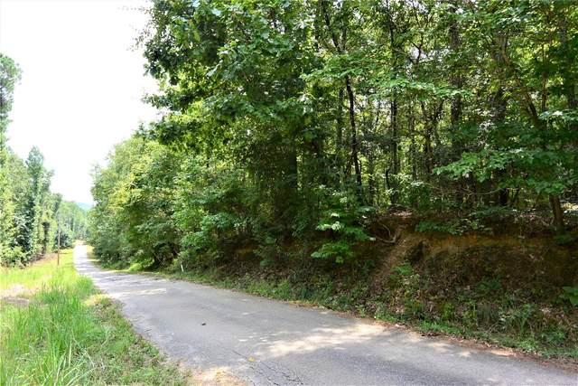 960 Stoddard Drive, Wetumpka, AL 36093 (MLS #484245) :: Buck Realty