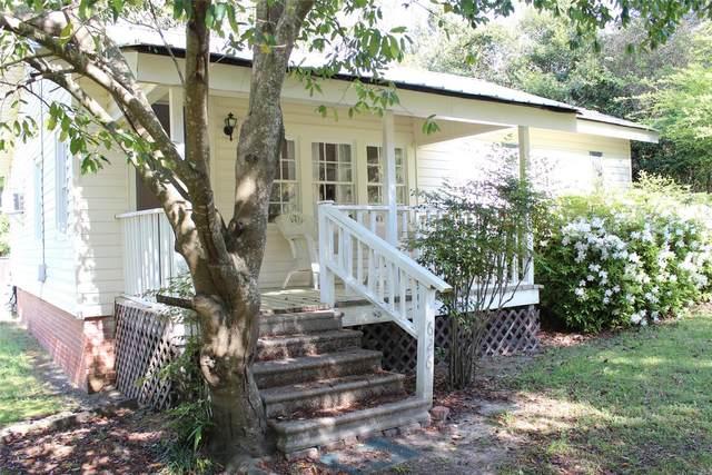 626 Hudson Place, Tallassee, AL 36078 (MLS #491609) :: LocAL Realty