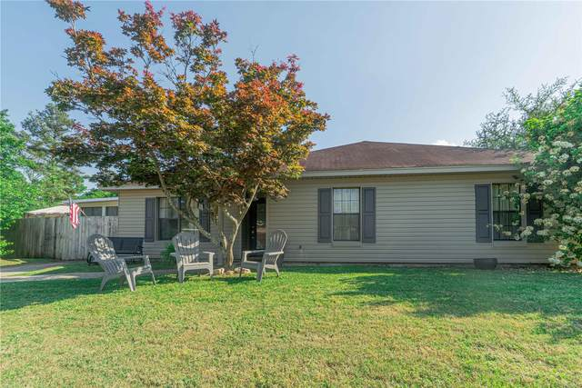 4042 Beardsley Drive, Montgomery, AL 36109 (MLS #492398) :: David Kahn & Company Real Estate