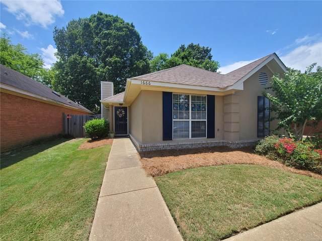 1666 Meadow Oak Court, Montgomery, AL 36117 (MLS #496576) :: David Kahn & Company Real Estate