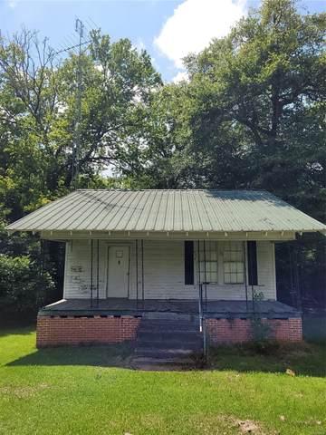 411 Lilly Avenue, Tallassee, AL 36078 (MLS #497129) :: Buck Realty
