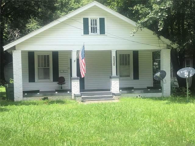 2025 E 3rd Street, Montgomery, AL 36106 (MLS #498524) :: Buck Realty